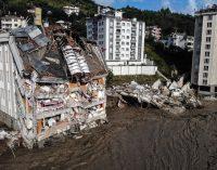 Karadeniz'de sel felaketi: Can kaybı her geçen saat artıyor…