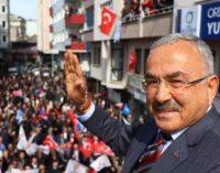 CHP'li vekil ifşa etmişti: Çift maaşlı AKP'li başkanın bir maaşı gitti