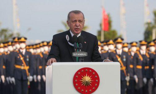Erdoğan: Artık İHA'larımız, SİHA'larımız, Akıncı'larımız var, kapılarda dilenci değiliz