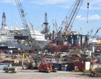 """Aliağa'da """"asbest"""" alarmı: Gemi söküm tesisi yakınında asbest tespit edildi"""