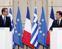 Macron duyurdu: Yunanistan, Fransa'dan savaş uçağı ve fırkateyn alacak