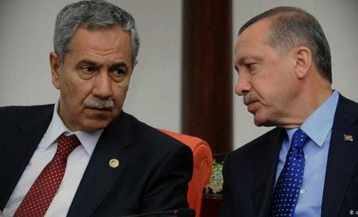 Bülent Arınç'tan AKP'ye sert sözler: Dindarların gazabından korkmak lazım