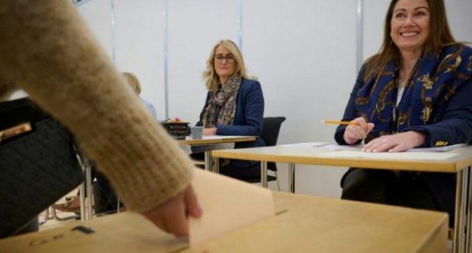 İzlanda'da kadınların seçim zaferi: Parlamentoda kadın vekillerin sayısı erkeklerinkini geçti