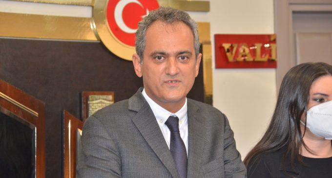 Milli Eğitim Bakanı: Okullarımızın açık olmasının en önemli nedeni öğretmenlerimizin aşılı olması