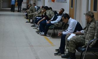 İzmir'de 20 asker zehirlendikleri şüphesiyle revire kaldırıldı