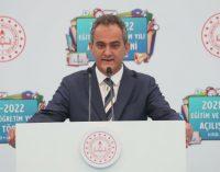 """Milli Eğitim Bakanı Özer'den """"Vakalar artarsa okullar kapatılır mı?"""" sorusuna yanıt"""