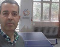 Aşı yaptırmayan öğretmen koronavirüsten yaşamını yitirdi