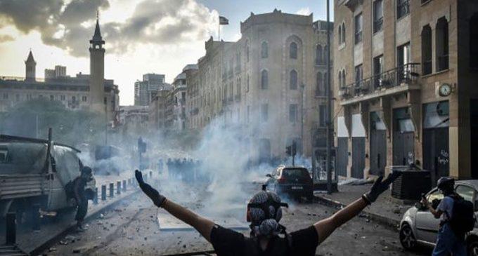 Beyrut Limanı patlaması protestosunda göstericilere ateş açıldı: En az dört ölü, çok sayıda yaralı