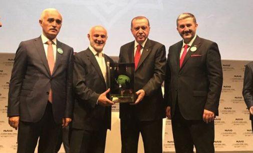 Erdoğan'dan arkadaşına kıyak: Üç vakfa daha vergi muafiyeti getirildi