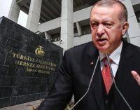 Bloomberg: Erdoğan faiz indirimine karşı olanları görevden aldı