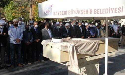 Aşı olmak için Turkovac'ı bekleyen imam Covid-19'dan yaşamını yitirdi