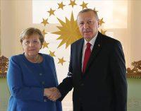 Merkel Türkiye'ye vedaya geliyor: Yarın çalışma ziyareti için İstanbul'da olacak